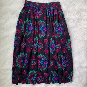Vintage Mod flowing high waisted skirt